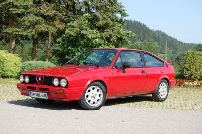 The Red Bird - Alfa Sprint 1.5 QV